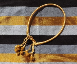 Collier or à nouer