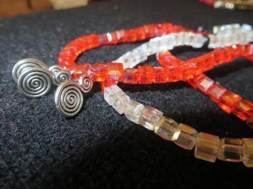 Bracelet perles et breloques Nouveauté 2015