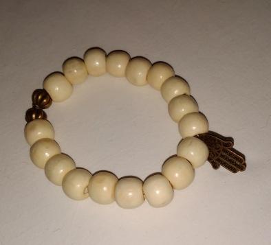 Bracelet perles beiges