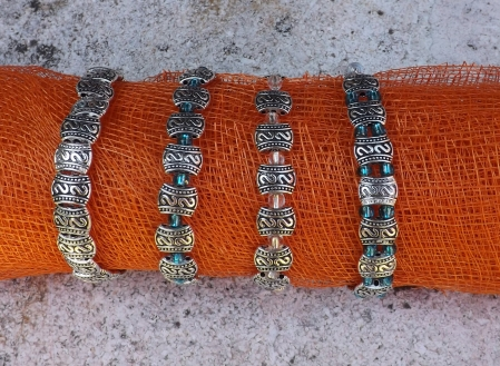 Variation perles plates